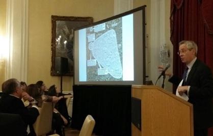 Tim talking at Loeb House, Harvard University in 2017