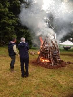 The hangi pyre
